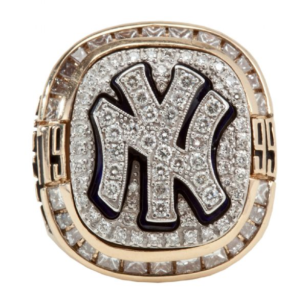 GEORGE SISLER JR.S 1999 NEW YORK YANKEES WORLD SERIES CHAMPIONSHIP RING (SISLER FAMILY LOA)