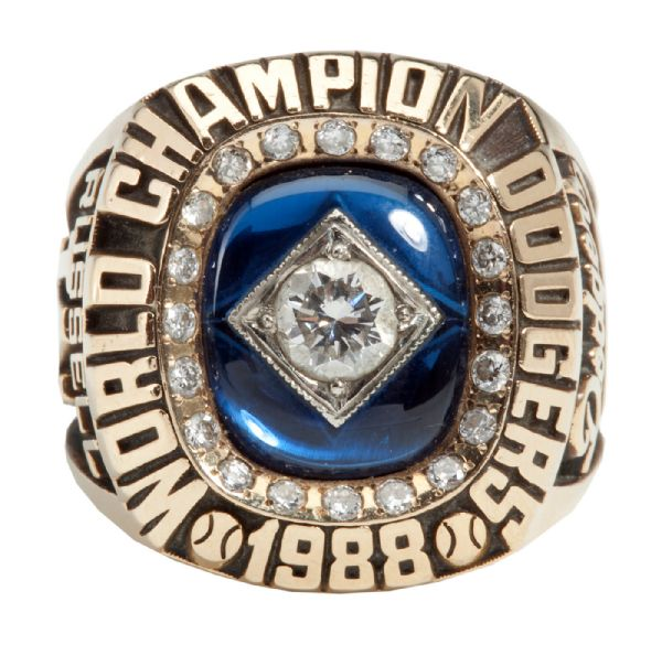 BILL RUSSELLS 1988 LOS ANGELES DODGERS WORLD SERIES CHAMPIONSHIP RING (RUSSELL LOA)