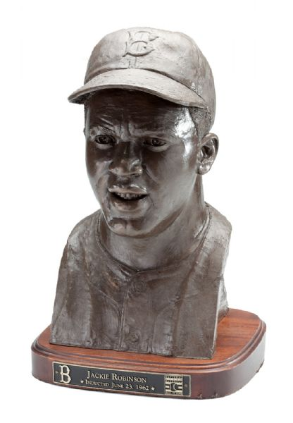 BRET SABERHAGENS JACKIE ROBINSON COMMEMORATIVE HALL OF FAME INDUCTION LIMITED EDITION (103/550) BUST (SABERHAGEN LOA)