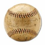 1930 CHICAGO CUBS TEAM SIGNED BASEBALL  (HELMS/LA84 COLLECTION)