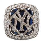 2009 NEW YORK YANKEES 14K GOLD WORLD SERIES CHAMPIONSHIP RING (STAFF)
