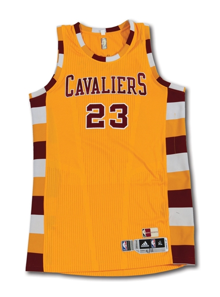 4/11/2016 LEBRON JAMES SIGNED CLEVELAND CAVALIERS (CHAMPIONSHIP SEASON) GAME WORN THROWBACK JERSEY - 34 PTS. IN WIN TO CLINCH TOP SEED (NBA SOURCE)