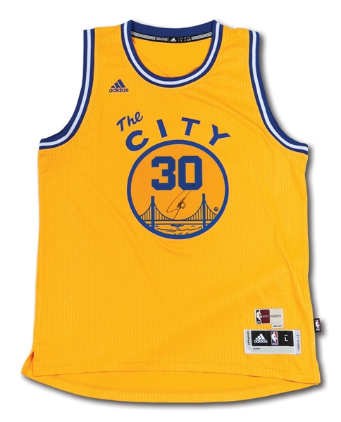 f8fefe103 STEPHEN CURRY AUTOGRAPHED GOLDEN STATE WARRIORS ADIDAS SWINGMAN THE CITY  1966-67 THROWBACK JERSEY (