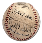 1933 NEW YORK GIANTS & PITTSBURGH PIRATES MULTI-SIGNED BASEBALL (18 AUTOS.) WITH 6 HOFERS INCL. OTT & TRAYNOR