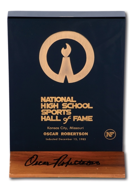 OSCAR ROBERTSONS AUTOGRAPHED 1983 NATIONAL HIGH SCHOOL SPORTS HALL OF FAME PLAQUE (ROBERTSON COLLECTION)