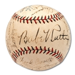 1932 NEW YORK YANKEES WORLD CHAMPIONS TEAM SIGNED (OAL) HARRIDGE BASEBALL WITH ALL 9 HOFERS INCL. RUTH & GEHRIG