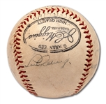 1939 NEW YORK YANKEES WORLD CHAMPIONS (PARTIAL) TEAM SIGNED BASEBALL INCL. GEHRIG