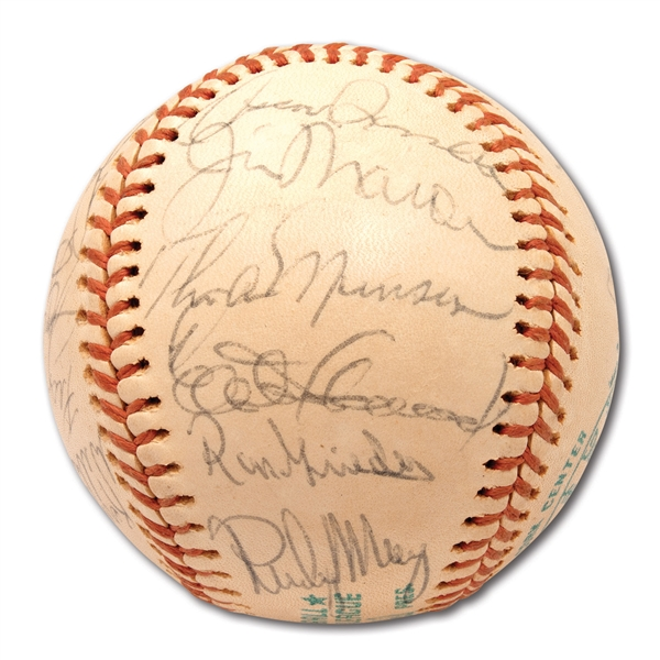 1976 NEW YORK YANKEES AMERICAN LEAGUE CHAMPIONS TEAM SIGNED OAL (MacPHAIL) BASEBALL INCL. MUNSON