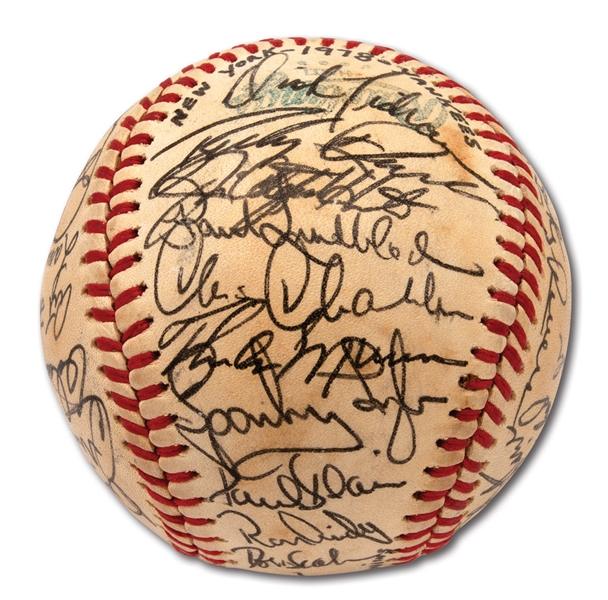 1978 NEW YORK YANKEES WORLD CHAMPIONS TEAM SIGNED OAL (MacPHAIL) BASEBALL WITH 37 AUTOGRAPHS (PSA/DNA MINT 9 AUTO.)