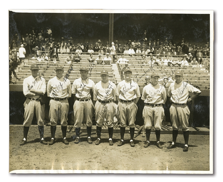 1927 NEW YORK YANKEES WORLD CHAMPION PITCHING STAFF AUTOGRAPHED ORIGINAL PHOTOGRAPH FEAT. MOUNDSMEN MURDERERS ROW