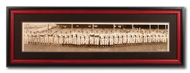 EXTRAORDINARY 1952 NEW YORK YANKEES WORLD CHAMPIONS TEAM SIGNED PANORAMIC PHOTOGRAPH WITH 31 AUTOGRAPHS