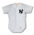 1987 DAVE WINFIELD AUTOGRAPHED NEW YORK YANKEES GAME WORN HOME JERSEY (MEARS A10)
