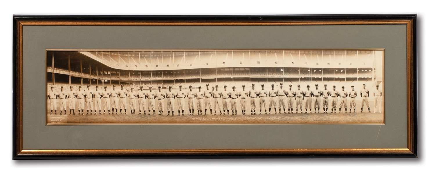 1953 NEW YORK YANKEES WORLD CHAMPIONS AUTOGRAPHED TEAM PANORAMIC PHOTOGRAPH