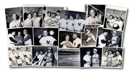LOT OF (16) 1961 WORLD SERIES ORIGINAL PHOTOGRAPHS