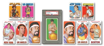 TOPPS BASKETBALL LOT OF 1969-70 PARTIAL SET (78/99), 1970-71 NEAR SET (165/175) AND 1971-72 NEAR SET (224/233) INCL. 70 MARAVICH RC PSA NM 7 & SEVERAL DUPES