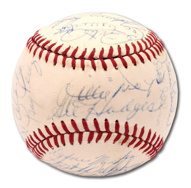 1970 NATIONAL LEAGUE ALL-STAR TEAM SIGNED ONL (FEENEY) BASEBALL INCL. CLEMENTE