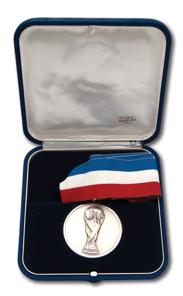 1998 FIFA WORLD CUP RUNNERS-UP SILVER MEDAL PRESENTED TO BRAZIL PLAYER (BRAZIL TECHNICAL COORDINATOR LOA)