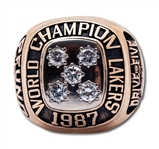 1987 LOS ANGELES LAKERS WORLD CHAMPIONS 14K GOLD RING ISSUED TO ASST. COACH RANDY PFUND