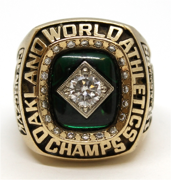 1989 OAKLAND AS WORLD SERIES CHAMPIONS 10K GOLD RING WITH REAL DIAMONDS