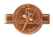 1949 NEW YORK YANKEES WORLD SERIES CHAMPIONS 14K GOLD TIE CLASP WITH ORIGINAL PRESENTATION BOX (TEAM EXECUTIVE)