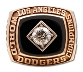 CHUB FEENEYS 1981 LOS ANGELES DODGERS WORLD SERIES CHAMPIONS 14K GOLD RING PRESENTED TO THE N.L. PRESIDENT (FEENEY FAMILY LOA)