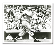 PAIR OF ROGER MARIS AUTOGRAPHED 8x10 PHOTOS