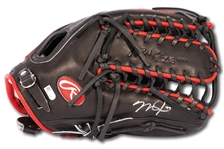 MIKE TROUT AUTOGRAPHED RAWLINGS PRO PREFERRED MIKE TROUT MODEL FIELDERS GLOVE (MLB AUTH.)