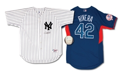 DEREK JETER SIGNED YANKEES JERSEY, MARIANO RIVERA SIGNED & INSCRIBED 2013 ASG JERSEY, AND JETER/POSADA SIGNED BASEBALL