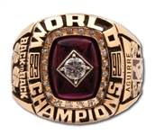 1989-90 MARK AGUIRRE DETROIT PISTONS BACK-TO-BACK WORLD CHAMPIONS 14K GOLD RING FITTED FOR HIS WIFE