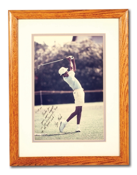 1989 TIGER WOODS SIGNED & INSCRIBED PHOTO PRESENTED TO HIS FIRST GOLF CLUB FITTER (PLUS 94 H.S. GRAD INVITATION)
