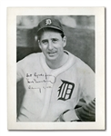FEB. 7, 1946 HANK GREENBERG SIGNED AND INSCRIBED DETROIT TIGERS PORTRAIT PHOTOGRAPH