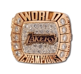 2000 LOS ANGELES LAKERS WORLD CHAMPIONSHIP RING ISSUED TO TEAMS SPORTS PSYCHOLOGIST