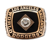 DAVE STEWARTS 1981 LOS ANGELES DODGERS WORLD SERIES CHAMPIONS 14K GOLD RING (STEWART COLLECTION)