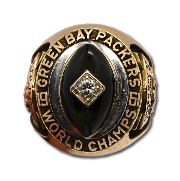 1961 GREEN BAY PACKERS NFL CHAMPIONSHIP RING PRESENTED TO TIGHT END LEE FOLKINS - TEAMS FIRST TITLE UNDER LOMBARDI (FOLKINS LOA)