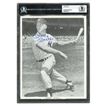 MICKEY MANTLE PERFECTLY SIGNED ROOKIE ERA 8x10 PHOTOGRAPH - BECKETT 10 AUTO.