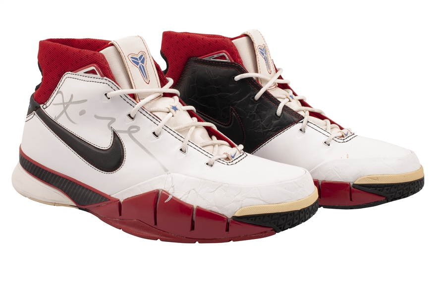 2006 KOBE BRYANT DUAL-SIGNED NBA ALL-STAR WEEKEND (HOUSTON) PRACTICE WORN KOBE 1 SHOES - HIS 1ST NIKE SIGNATURE MODEL! (KNICKS BALL BOY COLLECTION)