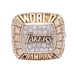 BILL SHARMANS 2000 LOS ANGELES LAKERS NBA WORLD CHAMPIONS 14K GOLD RING (SHARMAN FAMILY LOA)