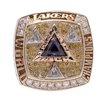 BILL SHARMANS 2002 LOS ANGELES LAKERS NBA WORLD CHAMPIONS 14K GOLD RING (SHARMAN FAMILY LOA)