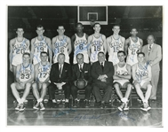 1957-58 BOSTON CELTICS TEAM SIGNED 8x10 VINTAGE TEAM PHOTOGRAPH INCL. ALL 11 PLAYERS, RED AUERBACH & WALTER BROWN - PSA/DNA AUTH. (ARNIE RISEN LOA, GALLAGHER COLLECTION)