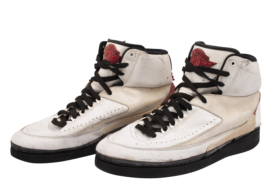 1986-87 MICHAEL JORDAN GAME-USED & DUAL-SIGNED NIKE AIR JORDAN II SHOES - POSSIBLY WORN IN 50-POINT PERFORMANCE AT MSG ON OPENING NIGHT! (KNICKS BALL BOY LOA)