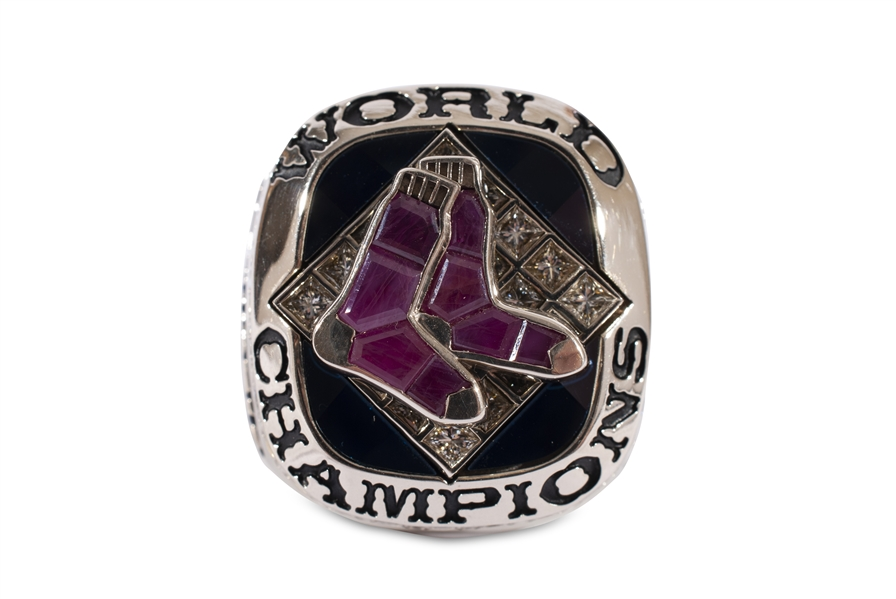2007 BOSTON RED SOX WORLD SERIES CHAMPIONSHIP PLAYERS STYLE RING WITH ORIGINAL PRESENTATION BOX