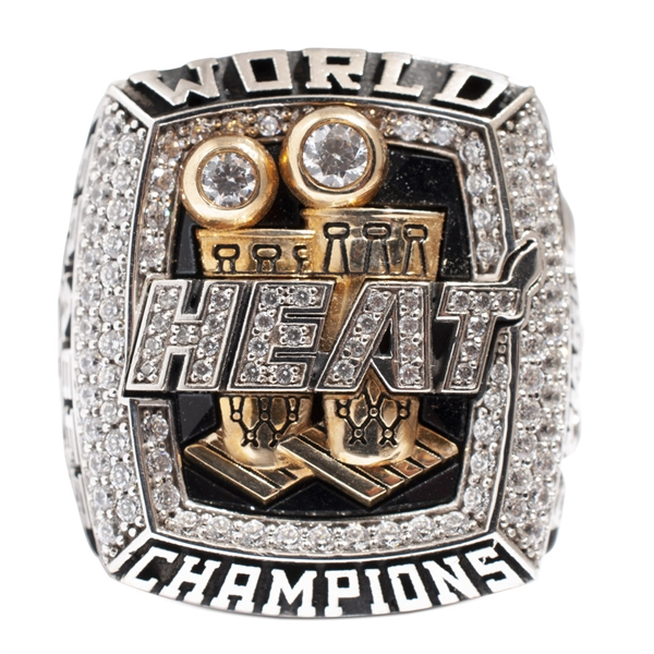 2013 MIAMI HEAT NBA CHAMPIONSHIP 10K GOLD RING PRESENTED TO THOMAS FRASER