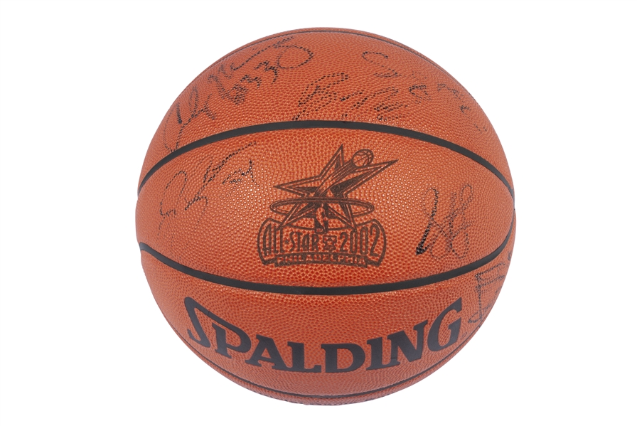 2002 NBA ALL-STAR TEAM SIGNED BASKETBALL INCL. MICHAEL JORDAN, KOBE BRYANT & ALLEN IVERSON- PSA/DNA